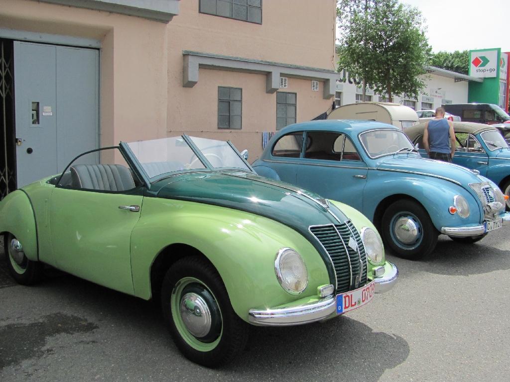 grünerundblauerF