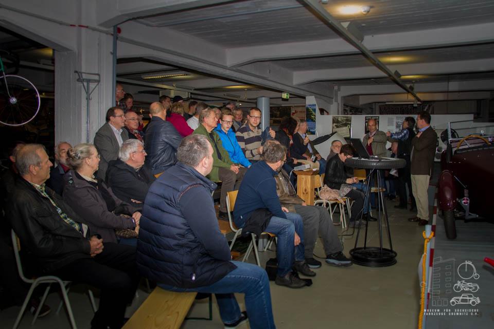 viele Besucher des Vortrags