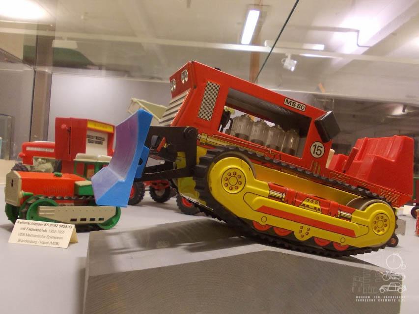 Vom kinderzimmer ins museum museum f r s chsische for Kinderzimmer fahrzeuge