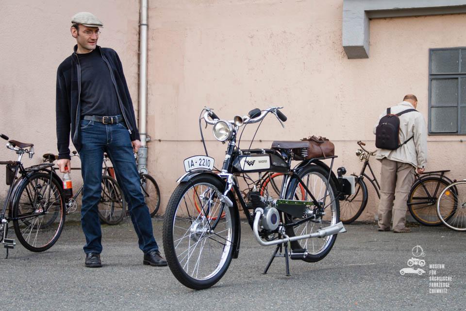motorisiertes Wanderer Fahrrad