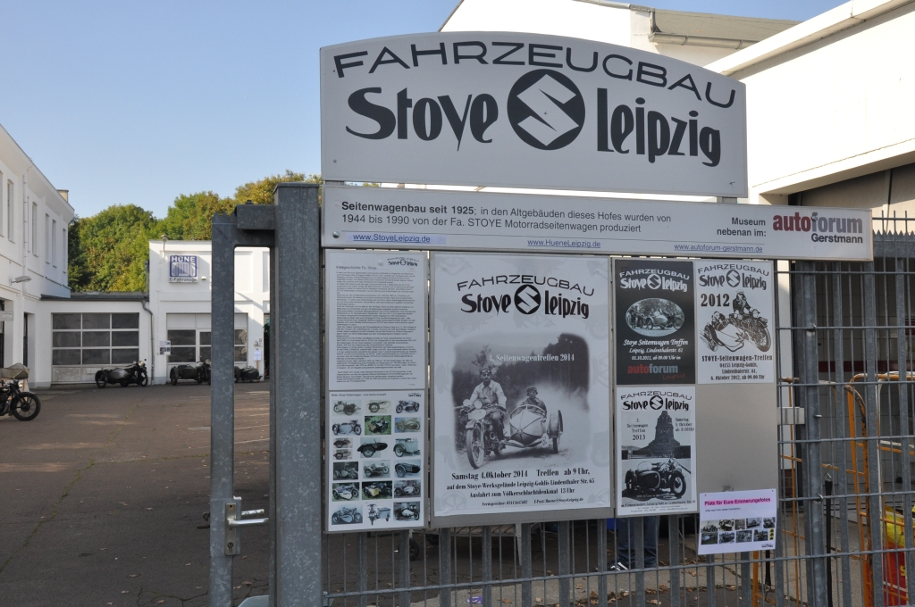 Schilder vor dem Stoye Werk Leipzig