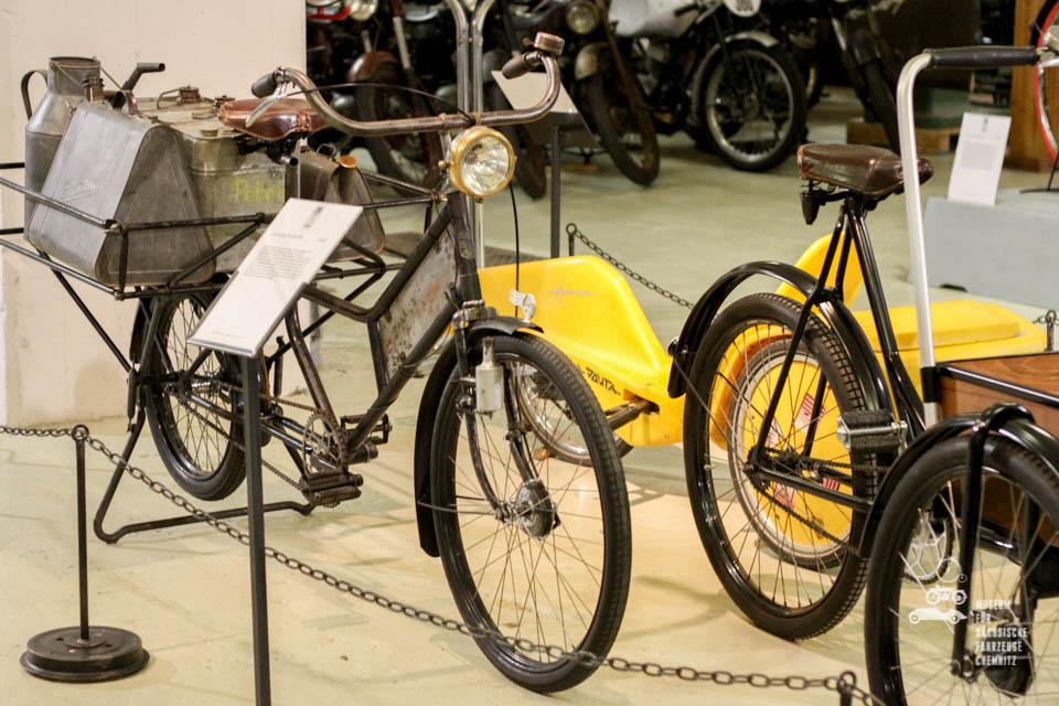 Fahrrad mit Gepäckträger