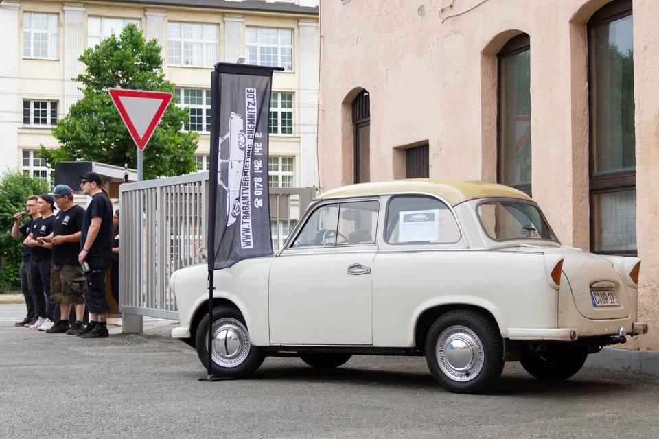 Trabant vorm Museum