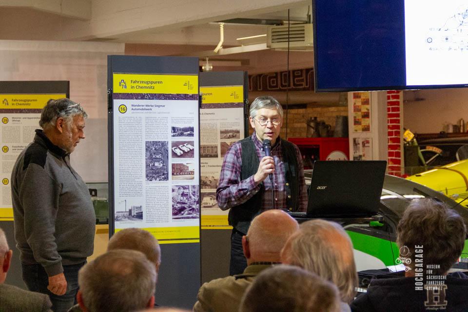 Dirk Schmerschneider beim Vortrag