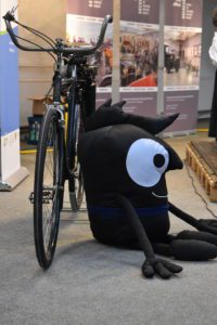 Edgar, das Maskottchen der Europäischen Mobilitätswoche, bei uns im Museum