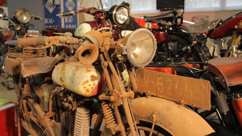 Schüttoff Motorrad Fund im originalem Zustand