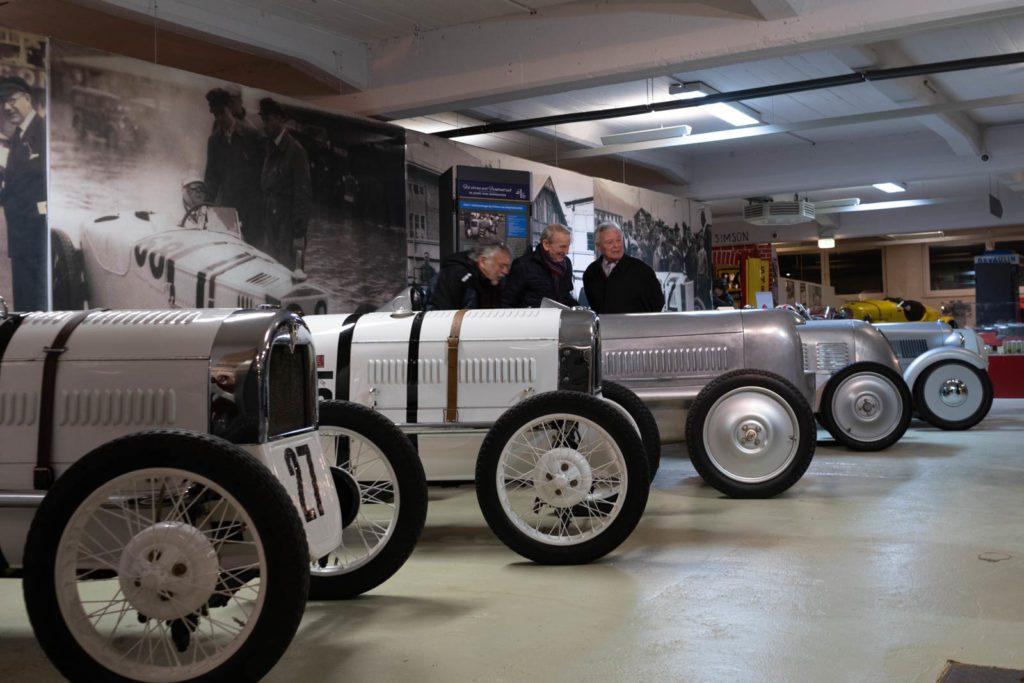 verschiedene DKW Rennwagen im Museum