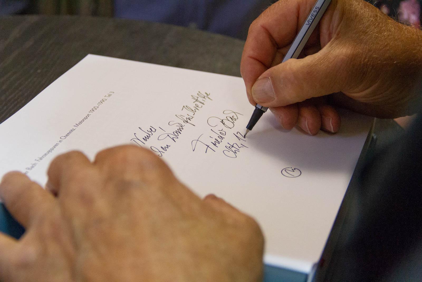 Frieder Bach Signatur