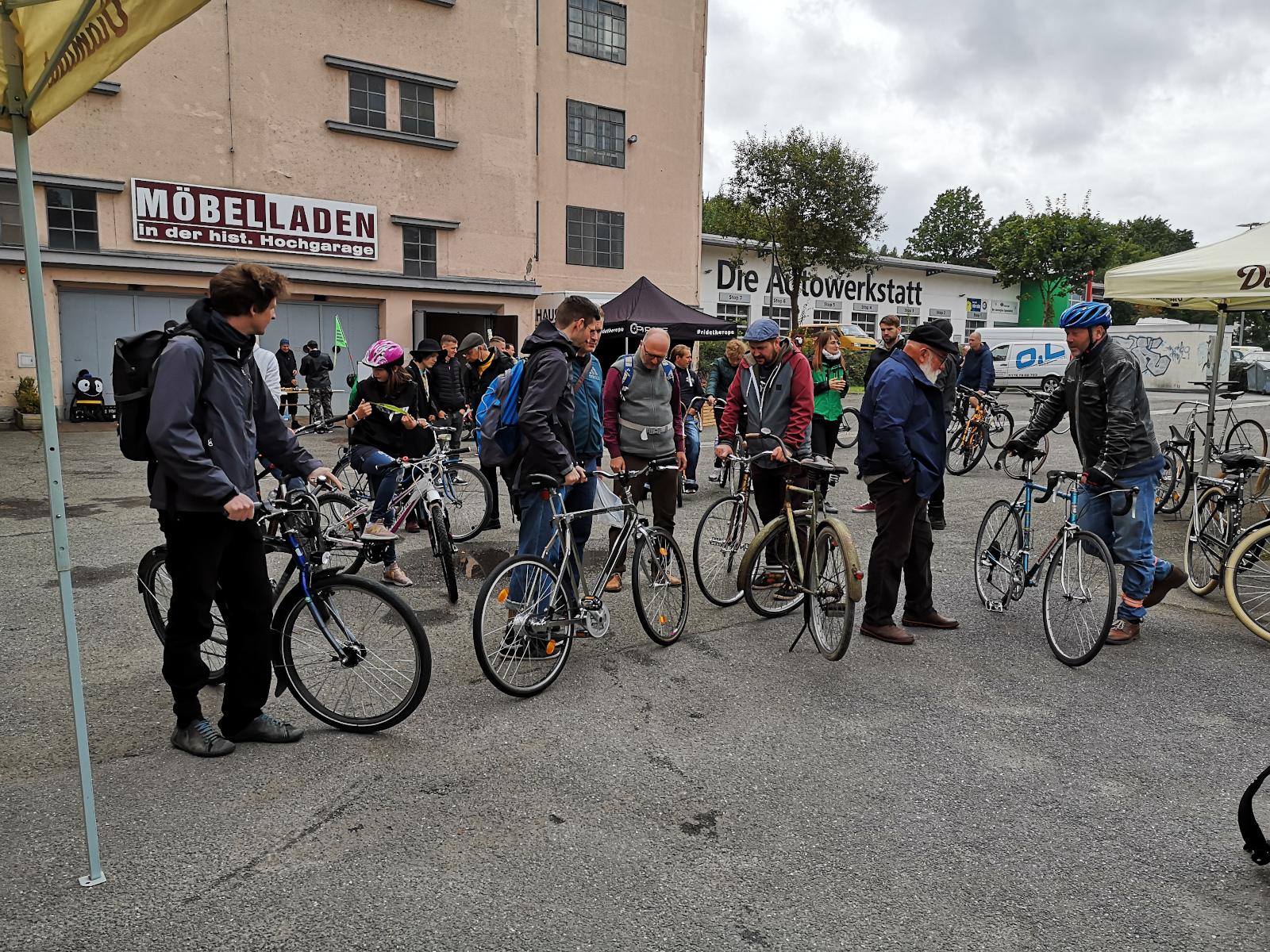Teilnehmer der Fahrradausfahrt