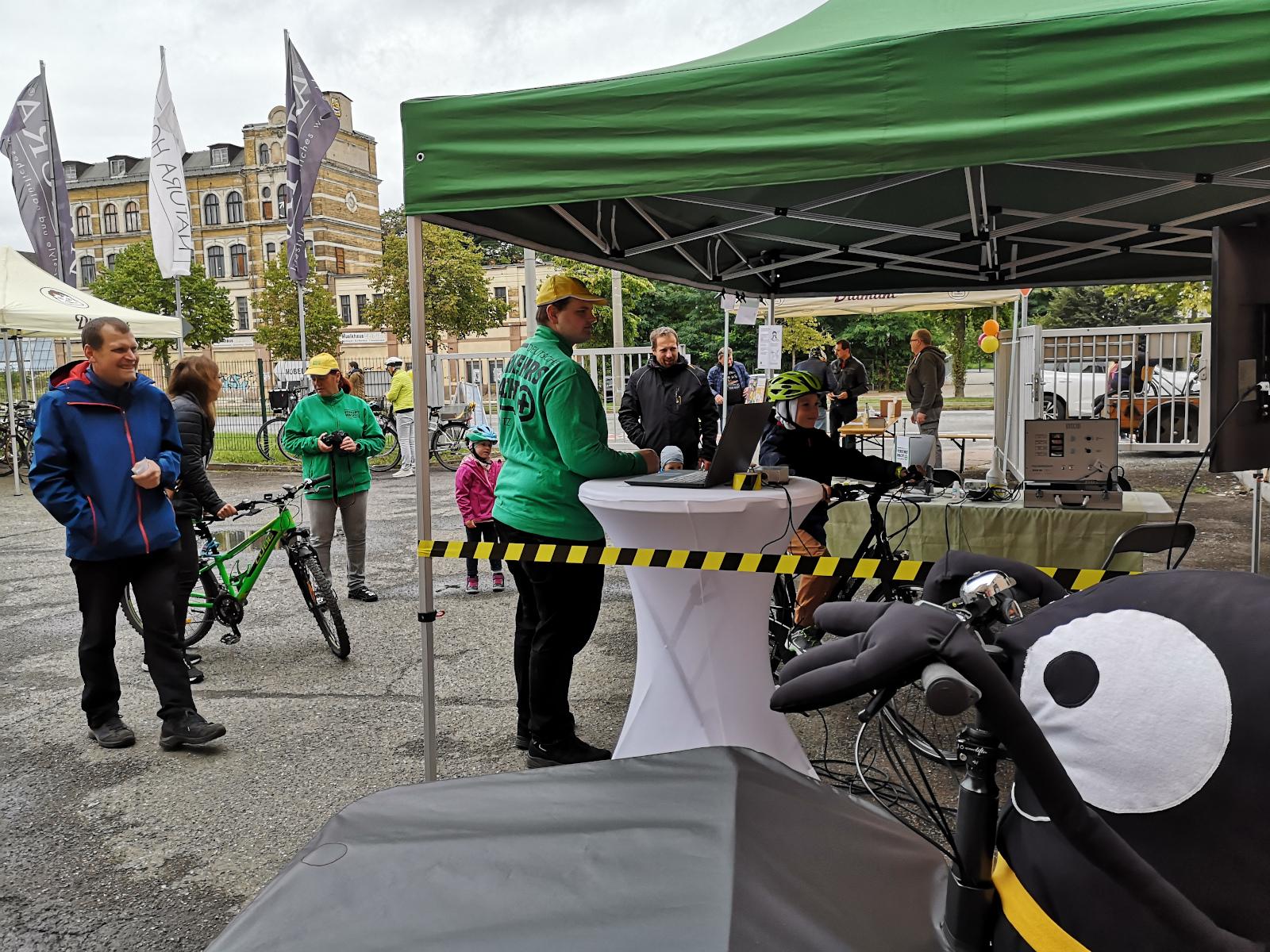 Stand der Verkehrswacht Chemnitz zum Fahrradfest